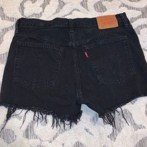 Black Levi's only warn once